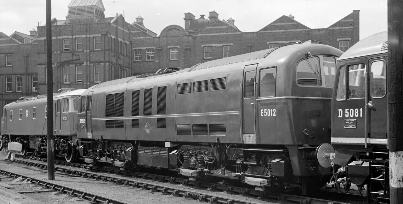 train, railway, travel, 050218, mb