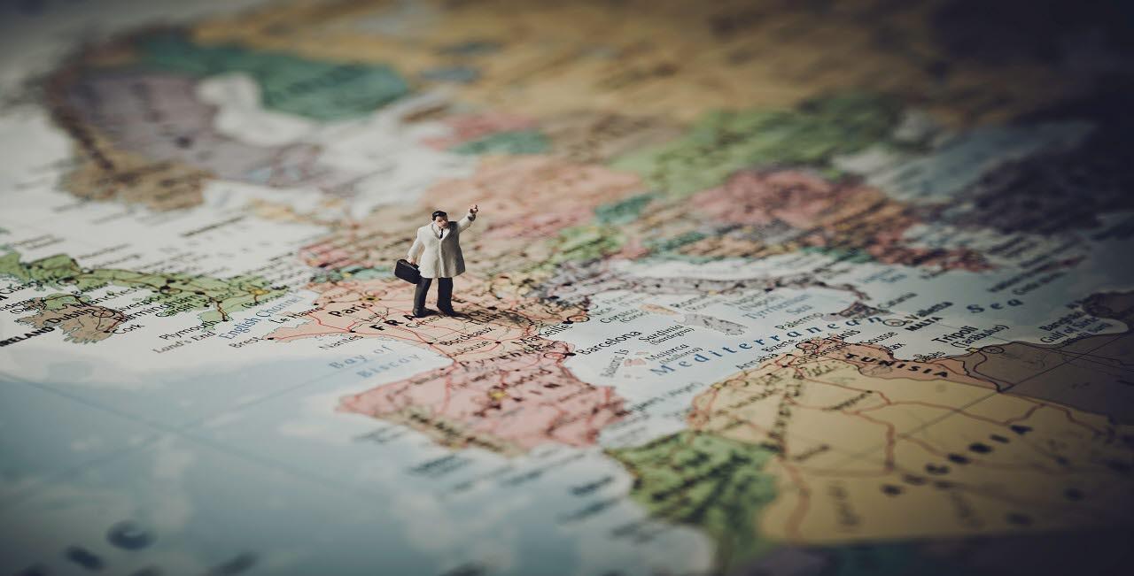 man on map, pexels, 130218, mb