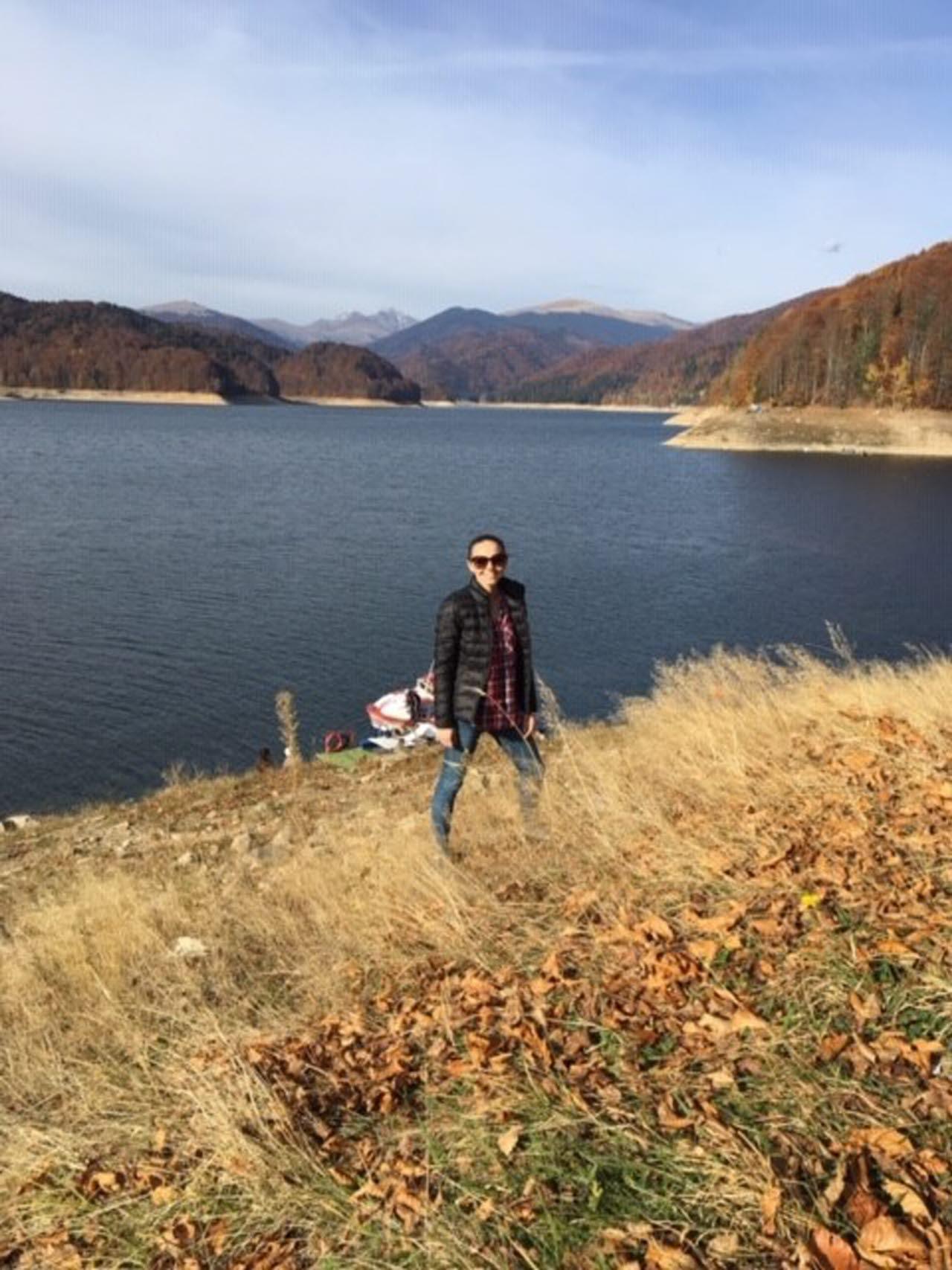 Lorena-loves-hiking