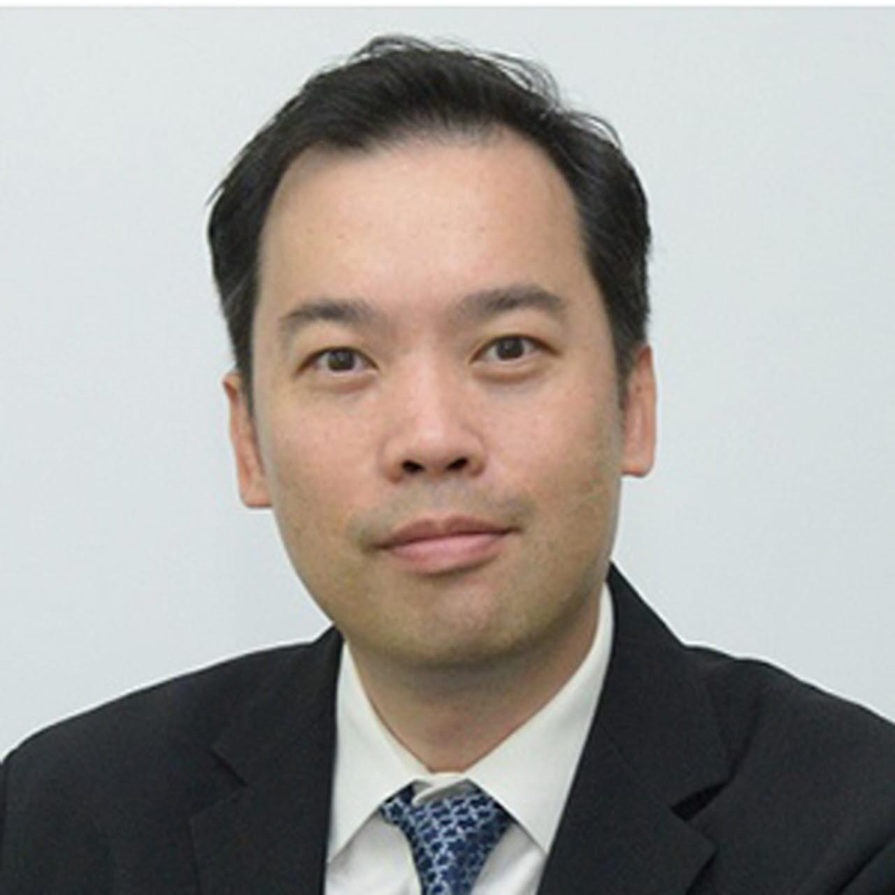 Dr Davin Wang