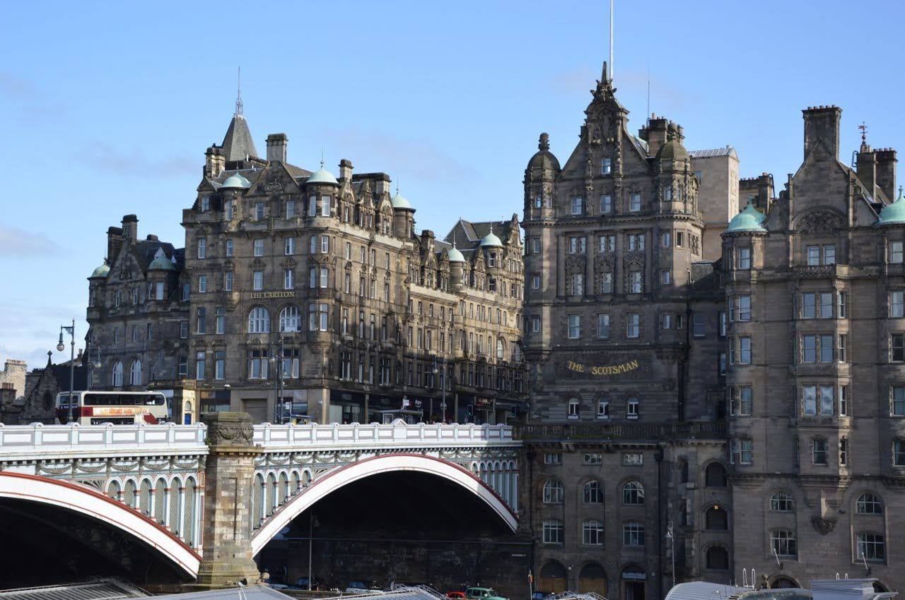 scotland-edinburgh-old-town-bridge-pxhere