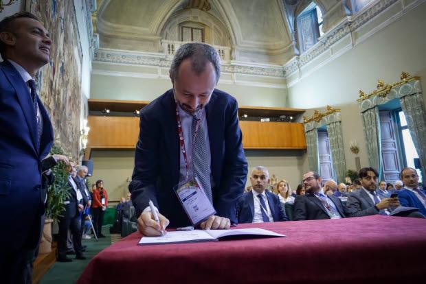 Daniele Levi Formiggini, presidente di RICS in Italia, firma le linee guida