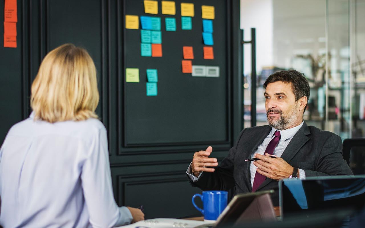 Business-meeting-talking-pexels