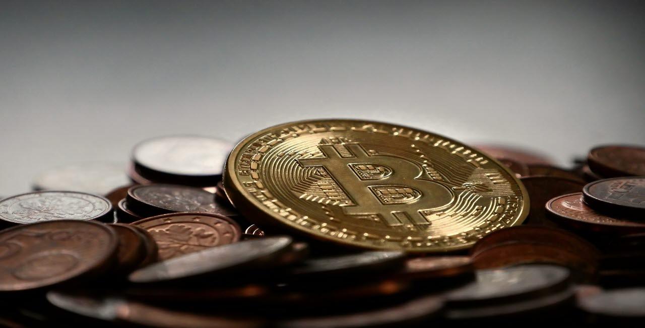 bitcoin, cryptocurrency, pexels, 140218, mb