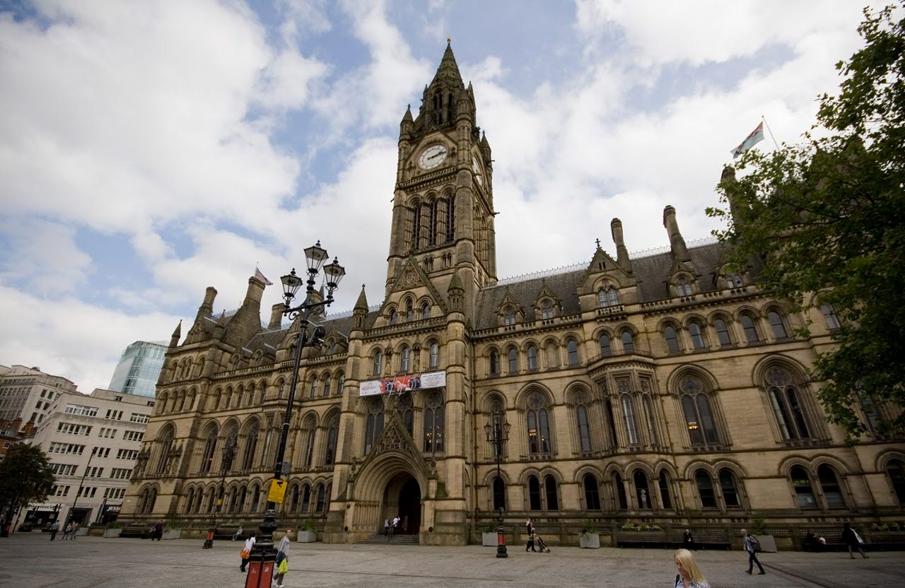 Manchester-town-hall-pxhere