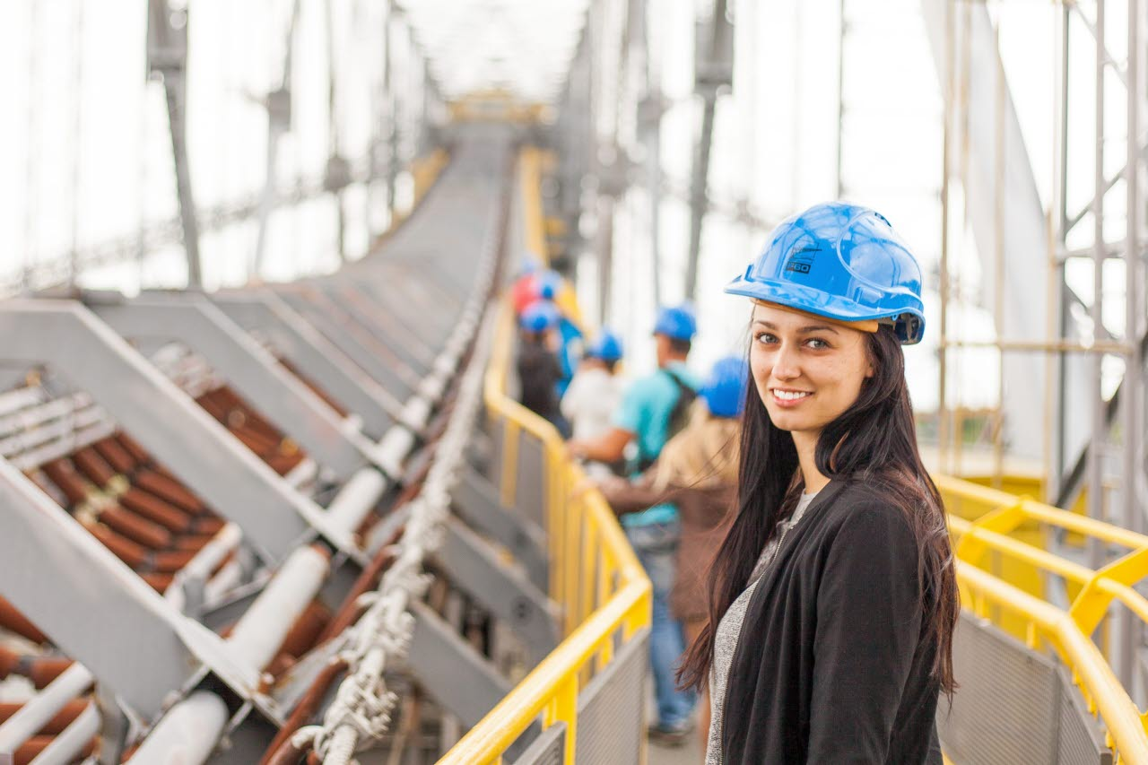 construction worker-young female-unsplash