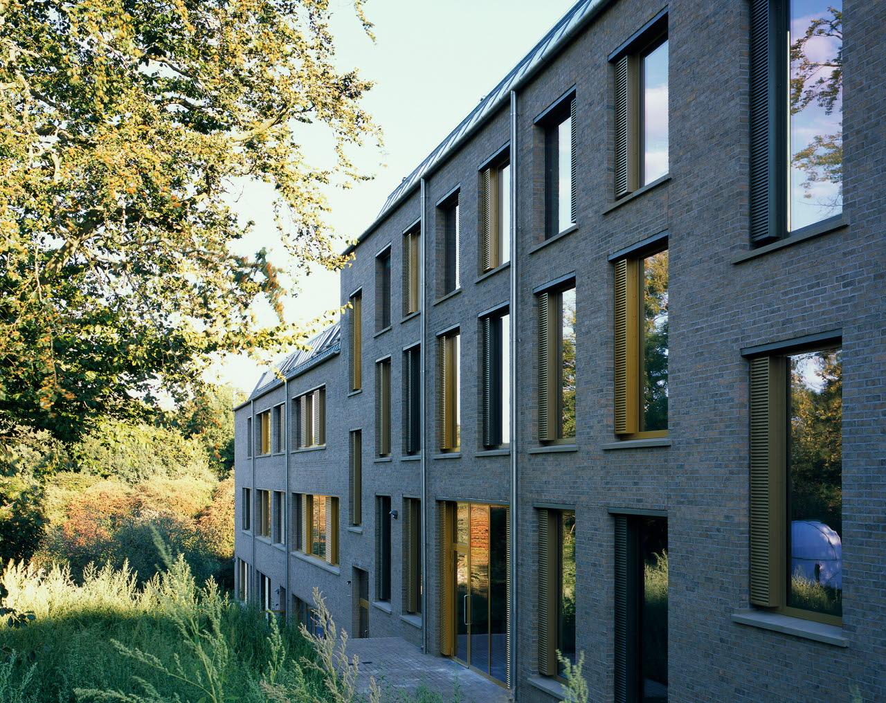 SE Sevenoaks_Tim Ronalds Architects_credit Helene Binet.jpg