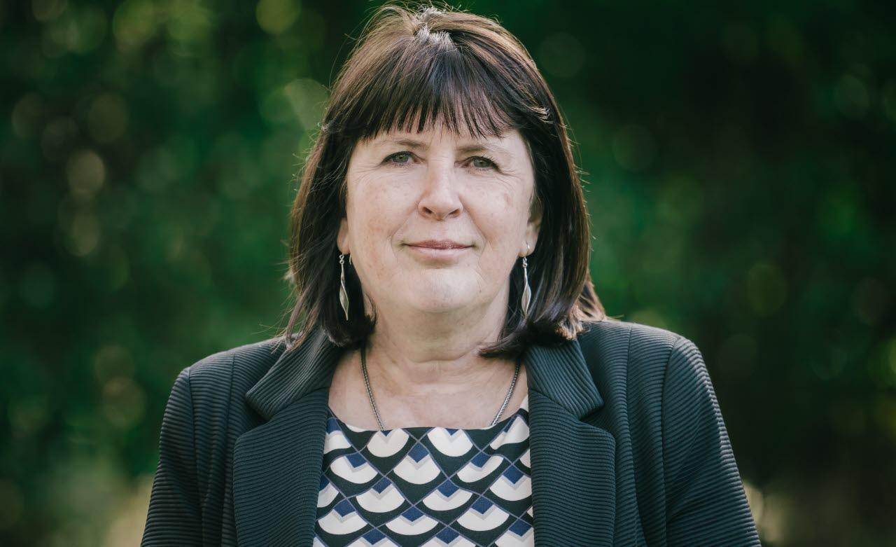 Nicola Yates, OBE, WBEF, 140218, mb