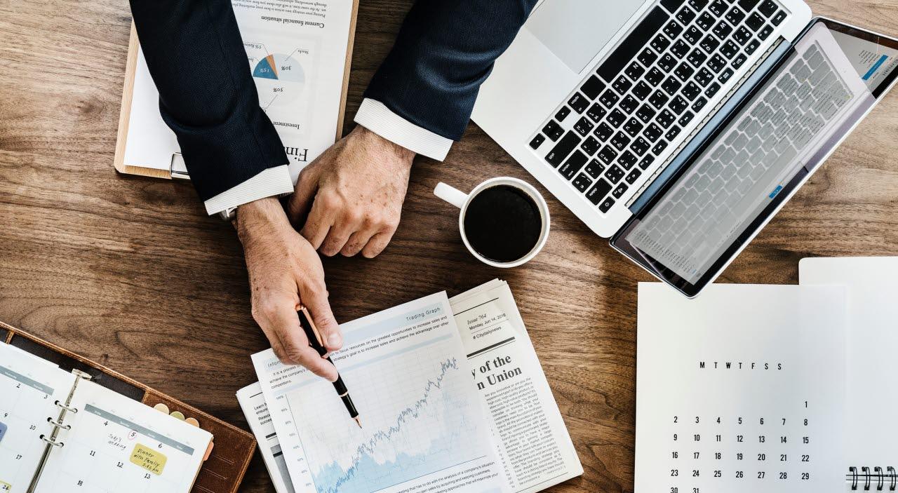 Meeting-data analysis-upsplash