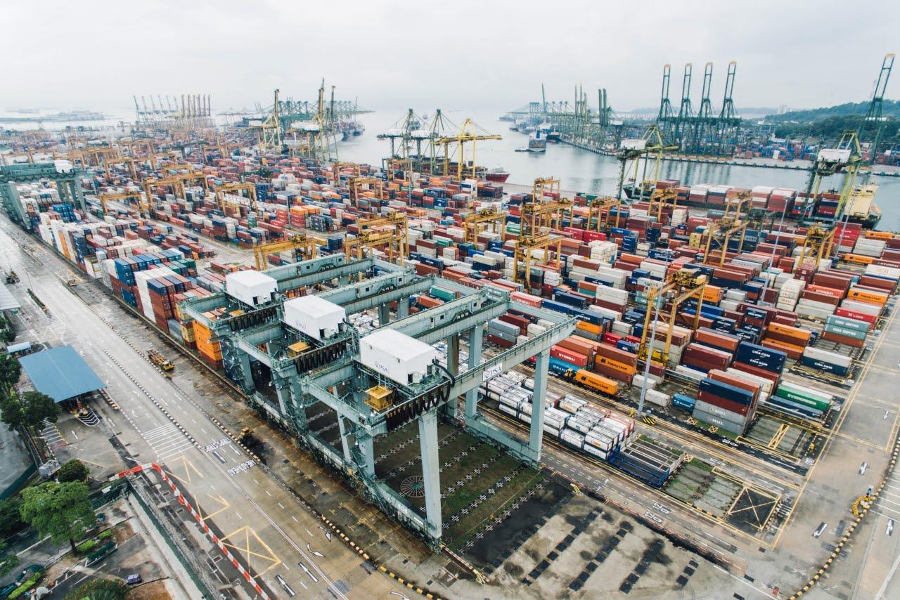 Port without authority Singapore-Unsplash