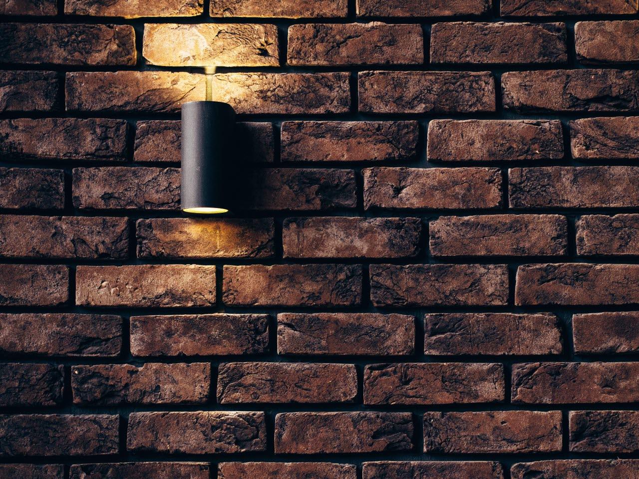 brick-brickwall-light-pexels