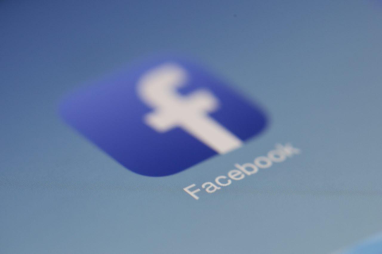 Facebook-logo-pexels