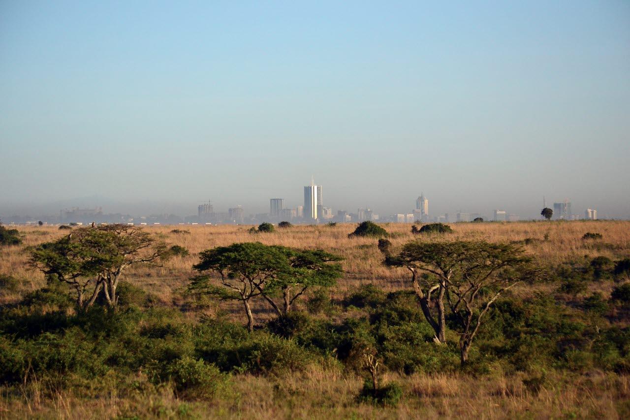 Kenya-rural-urban-mix-pxhere