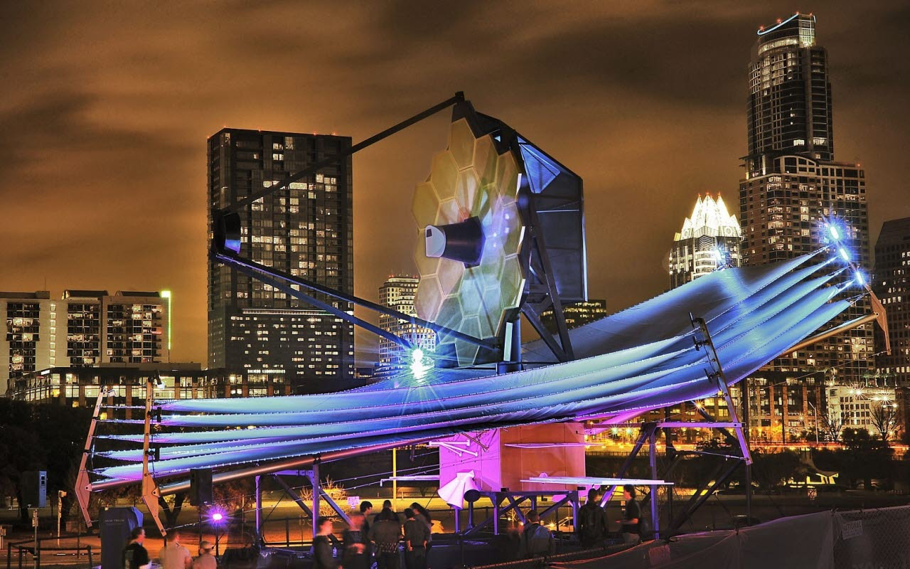technology-sculpture-city-pexels