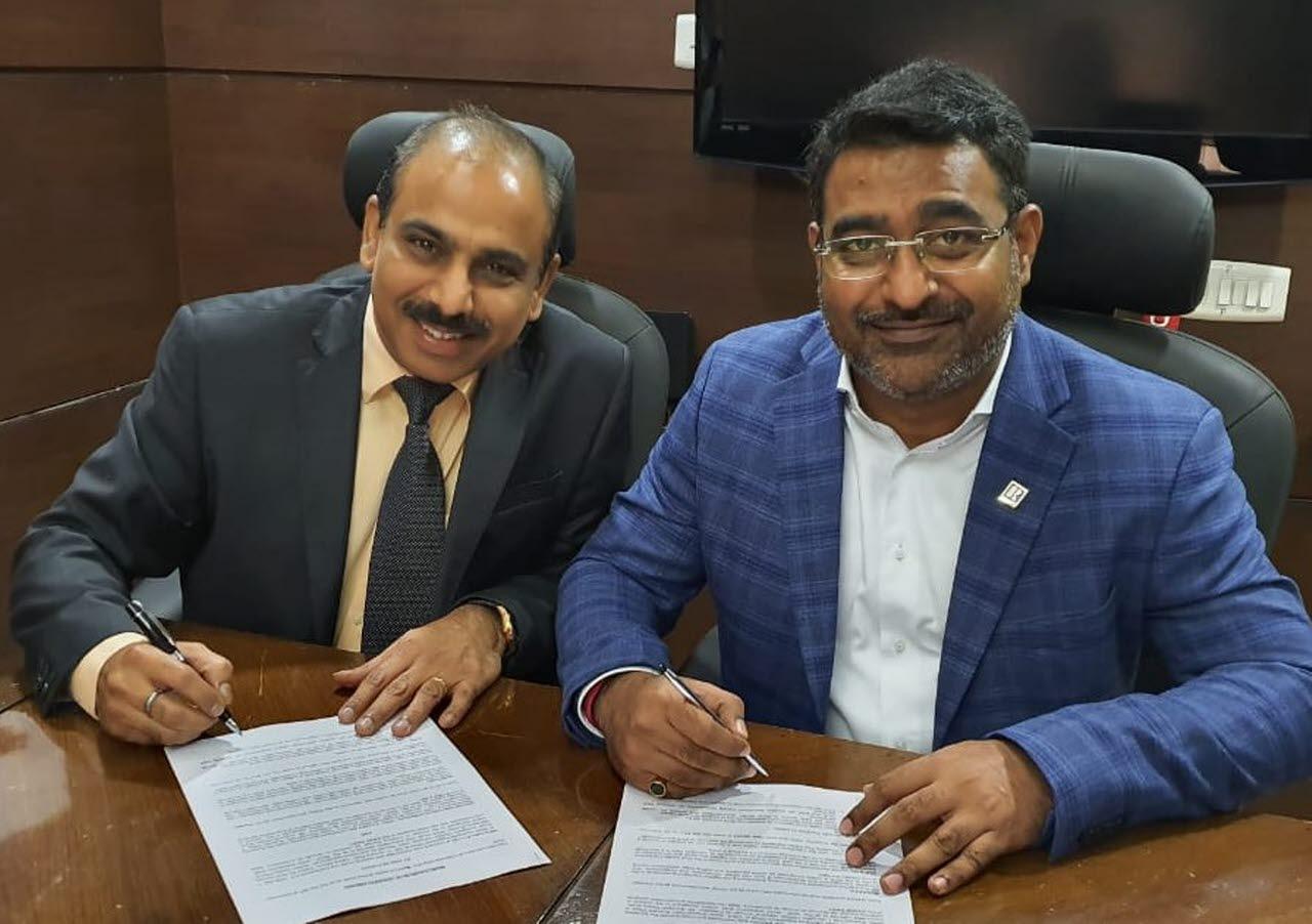Signing the NAR-RICS MoU
