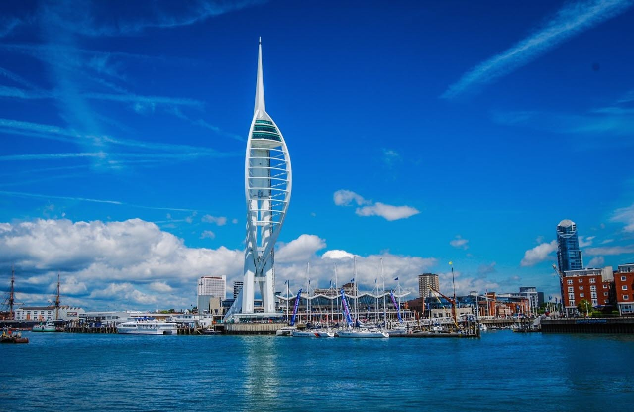spinnaker-tower-portsmouth-pxhere